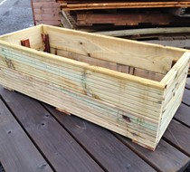 1000 x 400 x 300mm Decking Planter assembled