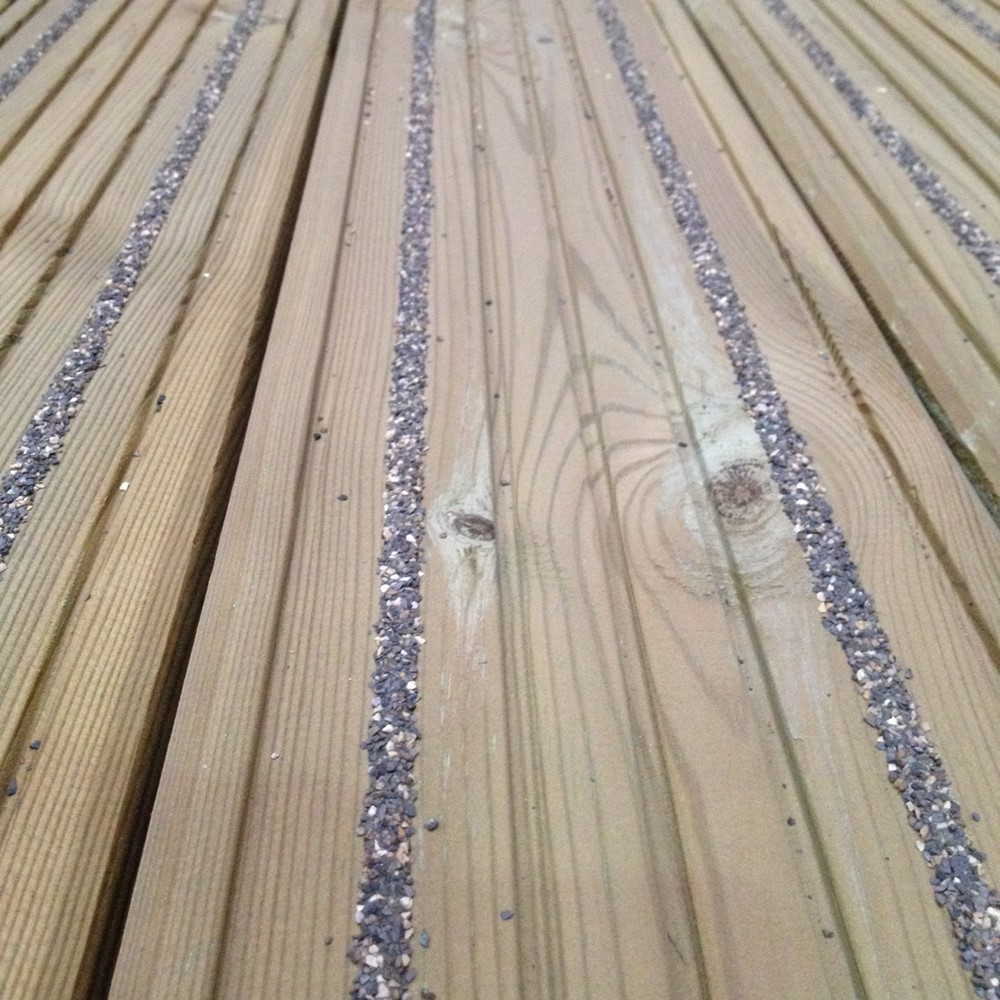 X 145mm X 28mm Non Slip Decking Board
