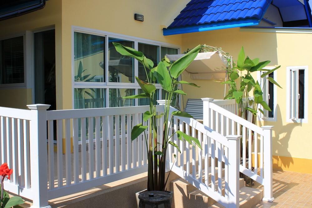 white pvc railing kit to cover no newels. Black Bedroom Furniture Sets. Home Design Ideas